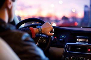 מה משפיע על הנהיגה שלך?